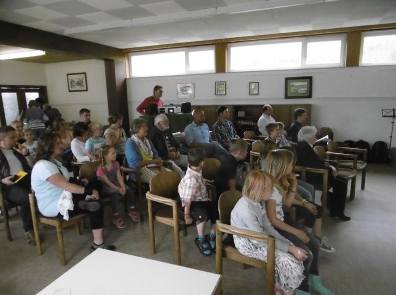 Jung und Alt sind vom Marimbaphone fasziniert